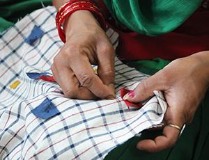 Developing-and-Strengthening-Crafts-based-enterprises