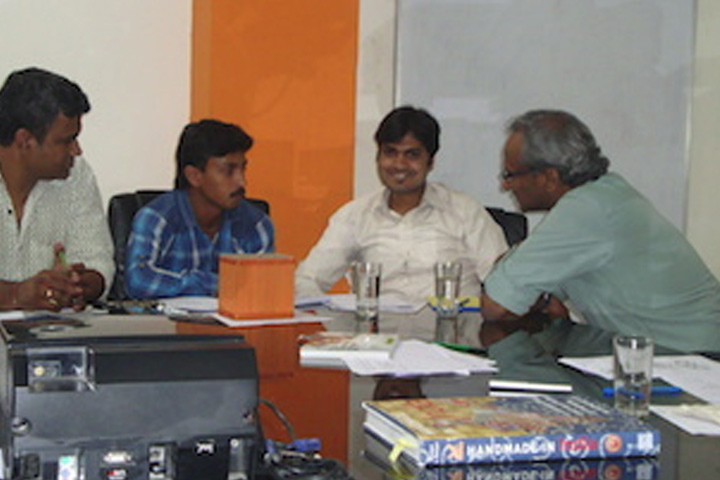 successfully conducted an advanced workshop on business development in Bangalore with members of 6 craft enterprises